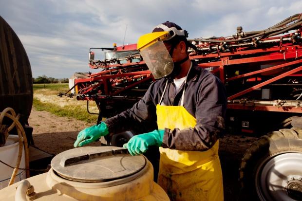 PZU podpisało umowę z MRiRW. Ubepieczy dla rolników