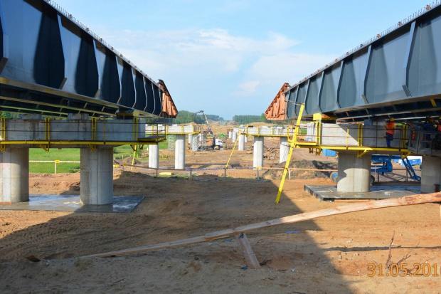 Na budowie S51 staje estakada długa na ponad 400 metrów