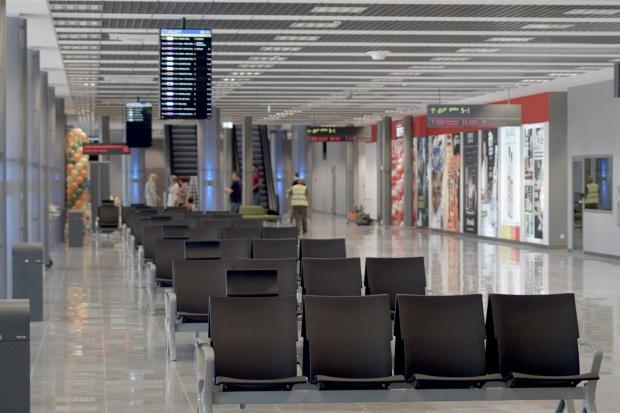 Katowice Airport działa już normalnie. Uruchomiono zmodernizowany terminal A [WIDEO]