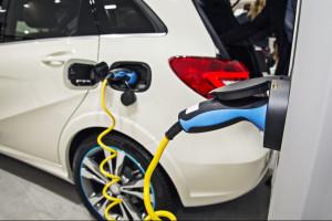 Deweloperzy frontem do elektrycznych aut