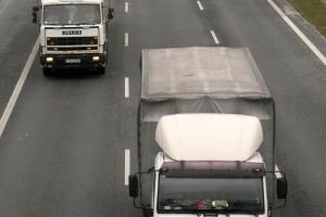 Ciężarówek przybywa a liczba wypadków maleje