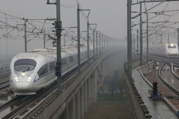 Chiny wchodzą w koła dla szybkich pociągów
