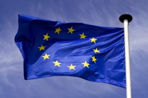 UE głęboko ubolewa z powodu decyzji USA ws. porozumienia klimatycznego