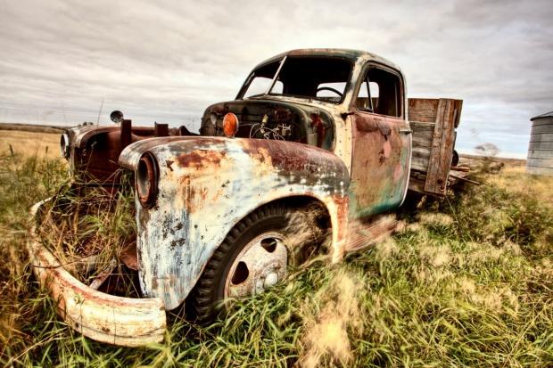 Jak ograniczyć plagę kradzieży i napadów na ciężarówki?
