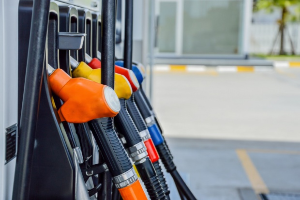 Podatek handlowy zapłacą duzi operatorzy stacji paliw
