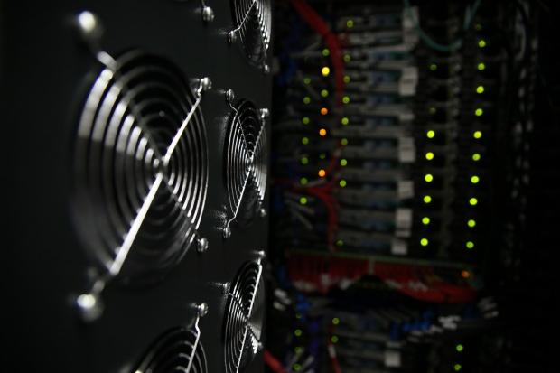 Superkomputery na UW do analiz danych dla energetyki
