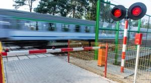 Ciągnik rolniczy zderzył się pociągiem
