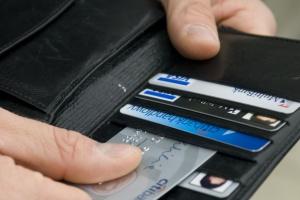 Banki i rząd ostro grają w karty