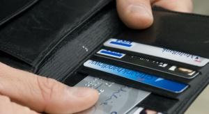 Kart płatniczych jest dużow więcej, niż Polaków