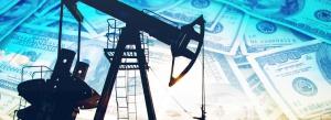 Wydatki firm naftowych spadły o 300 mld dolarów w dwa lata