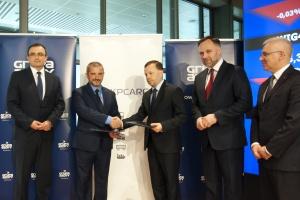 Porozumienie narodowych grup. PKP Cargo wydłuża kontrakt z Grupą Azoty