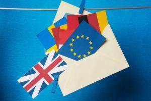 """""""Szóstka"""" UE wzmaga presję na Londyn ws. realizacji Brexitu"""