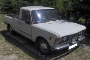 Polski Fiat 125p w wersji pick-up.