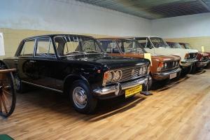 """Teraz Polskie Fiaty 125p to okazy muzealne, choć wciąż można je spotkać na polskich drogach. Fot. Jakub """"Flyz1"""" Maciejewski/wikimedia, licencja CC BY-Sa 4.0"""