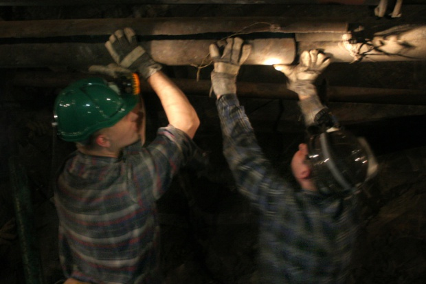 Mozolne naprawianie górnictwa