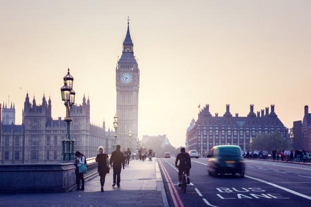 Elektryczne taksówki już na ulicach Londynu