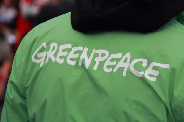 Greenpeace protestuje we Francji przeciwko energetyce atomowej