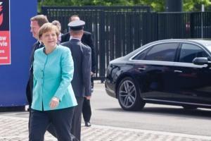 Merkel chce zachęcić szefów koncernów do zatrudniania imigrantów
