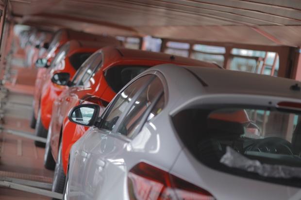 Dobre półrocze fabryk samochodów w Tychach i Gliwicach