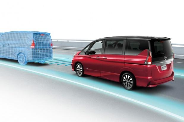 Nissan Serena ProPILOT - namiastka autonomii