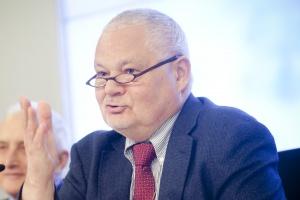 Glapiński: nadzór nad systemem bankowym powinien wrócić do NBP