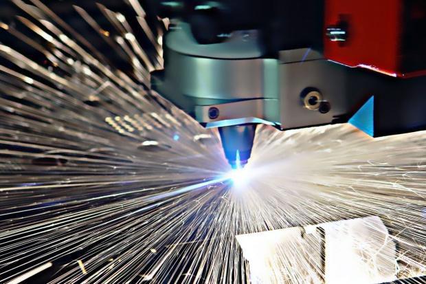 PMI w przemyśle strefy euro lekko w górę