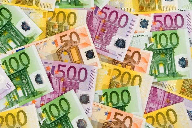 Delikatne ożywienie w usługach w strefie euro