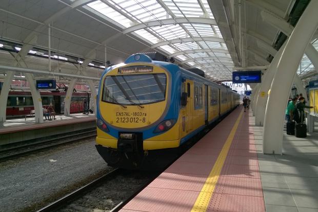 Hala główna gliwickiego dworca otwarta po modernizacji