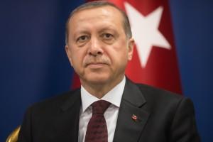 Erdogan: atak na naszą gospodarkę jak atak na naszą flagę
