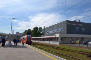 PKP PLK: odnowione stacje i przystanki w Małopolsce na ŚDM