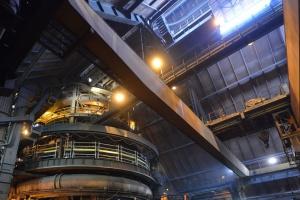 ArcelorMittal Poland opóźnia uruchomienie pieca w Krakowie
