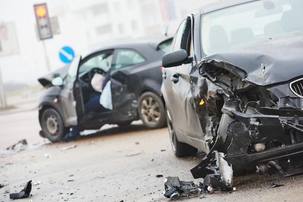 Niebezpieczne auta z kierownicą po prawej stronie