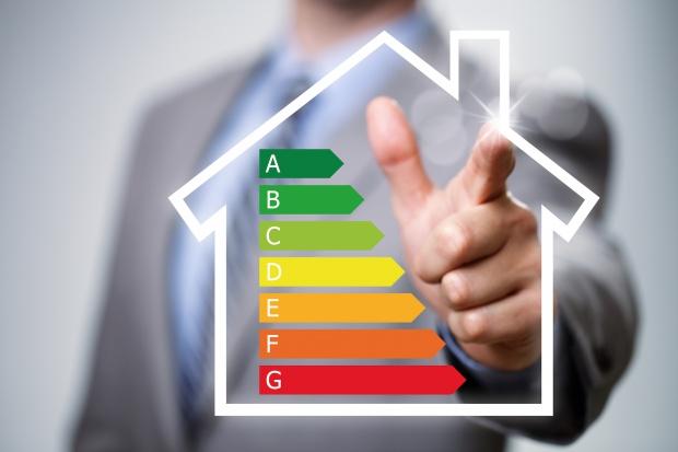 200 mln euro od EBOiR na efektywność energetyczną domów