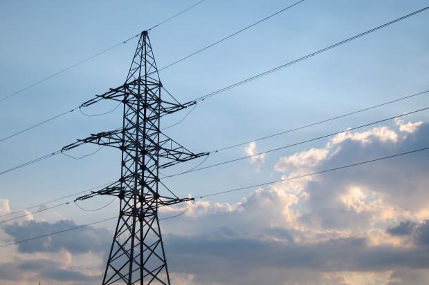 W lipcu produkcja prądu o 4,68 proc. większa niż rok temu