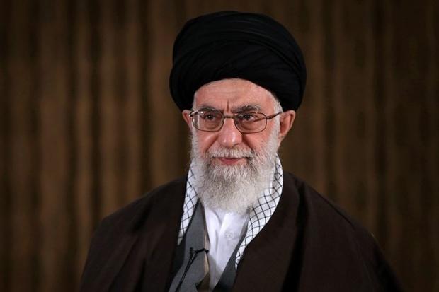 Ajatollah Chamenei: zwykli Irańczycy nie skorzystali na umowie atomowej