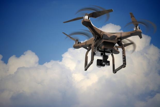 W Bytomiu drony sprawdzą co pali się w domowych piecach