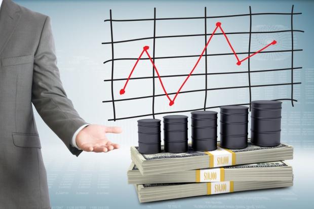Rynek spekuluje o ograniczeniu wydobycia przez OPEC