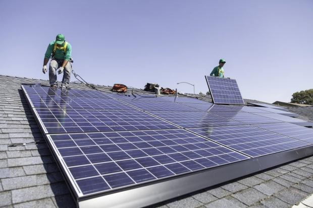 Tesla przejmuje SolarCity