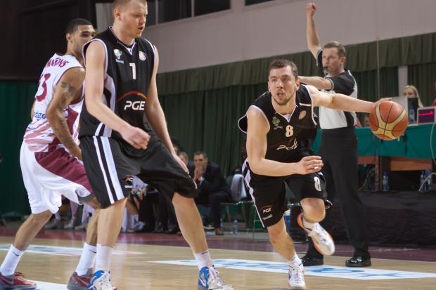 PGE nadal sponsorem Turowa w ekstraklasie koszykarzy