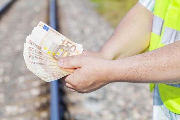 Kolej może stracić część funduszy z UE