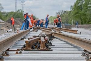Przez modernizację torów PKP PLK wyłączyły z ruchu całą linię kolejową
