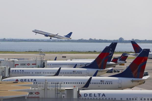 USA zakazują elektroniki na pokładzie samolotów z wybranych krajów