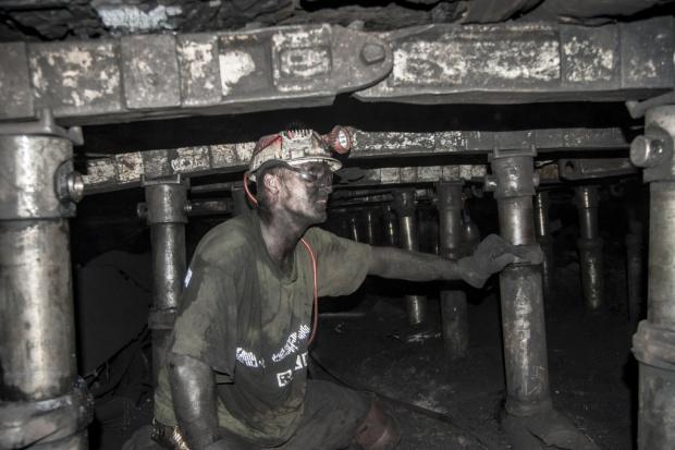 Czechy kończą z węglem. Co z polskimi górnikami?