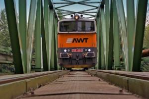 PKP Cargo w barterze przejmie resztę akcji AWT?