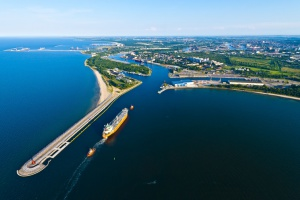 "Port Gdańsk buduje ""hub Polska"""