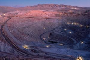Kolos, brytyjsko-australijski BHP wskazuje kierunki nowoczesnego górnictwa