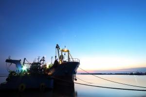 Piractwo morskie najniższe od 18 lat, porwań dla okupu coraz więcej