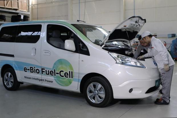 Ogniwa na bioetanol w dostawczym Nissanie