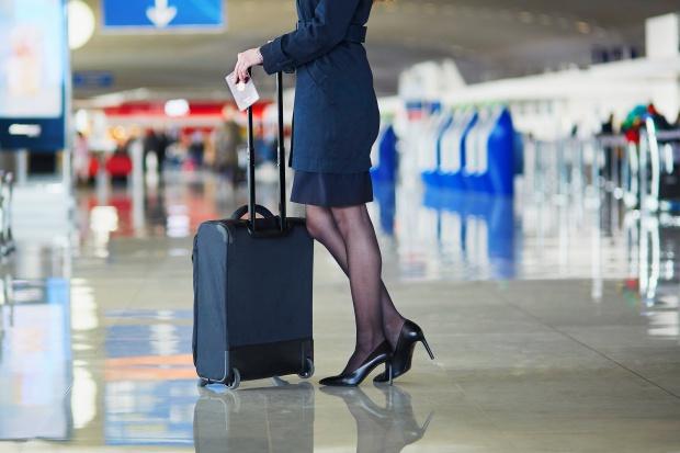 Celnicy znaleźli ludzką czaszkę w bagażu lotniczym