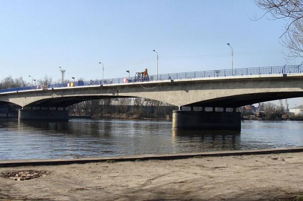 Vistal naprawi uszkodzony most w Szczecinie